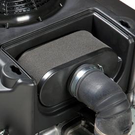 Retirar cubierta para mostrar el filtro de aire.