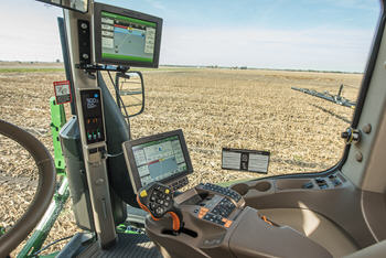 Extended Monitor in R-Series Sprayer