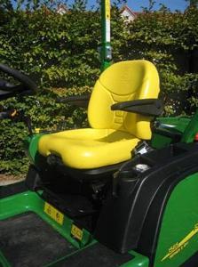 Comfort-adjust suspension seat