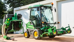 1585 Front Mower with optional side mirrors, beacon light, rear lighting and road homologation