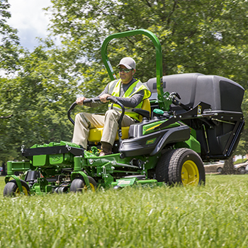 Z994R ZTrak™ Mower with optional dump-from-seat material collection system
