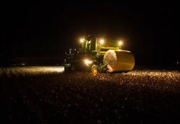 CP690 Cotton Picker