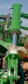 Frame lift cylinder