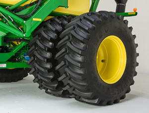 Dual rear tires on the C850