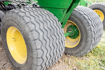 500/40R16.5 tires with walking beam