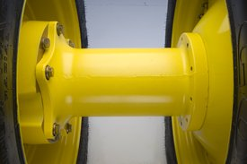 Narrow-diameter extension and hub attachment