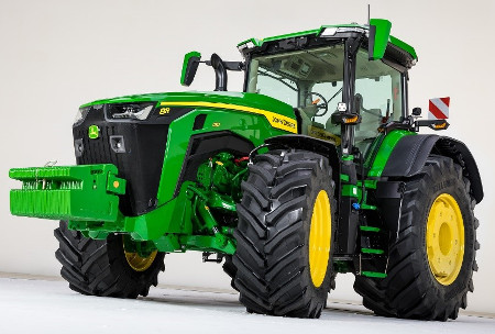 8R Tractor equipped with ILS