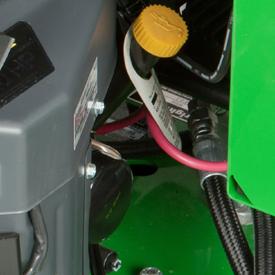 Tube de vérification et de remplissage de l'huile moteur, filtre à huile et vidange d'huile