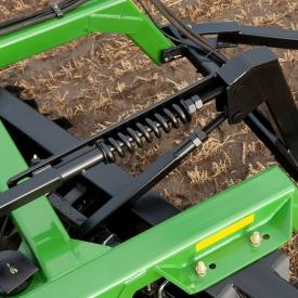 Réglage facile en fonction des conditions du sol