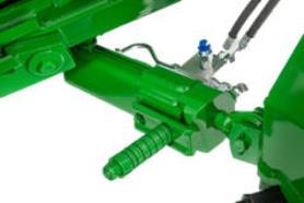 Vérin hydraulique pivotant vers l'arrière en option