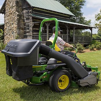 Sac récupérateur d'herbe arrière de 229l (6,5boisseaux) (barre d'accessoire et pare-chocs, goulotte et souffleur doivent être commandés séparément)
