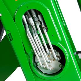 Conduites d'huile passant par le tube de poussée