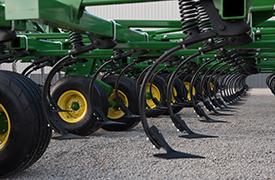 Étançons TruPosition™ sur le cultivateur prairie2230