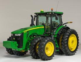 Tracteur de la série8R équipé de la suspension ILS