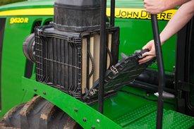 Inspection du filtre à air primaire du moteur