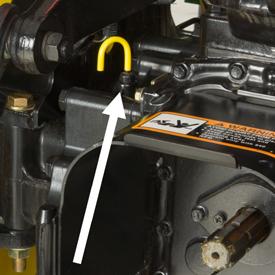 Point de vérification du niveau de fluide dans le réservoir de transmission