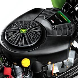 Motor mit 656 ccm² (12,1 kW)