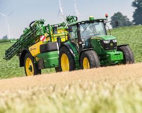Der niedrige Schwerpunkt der M900 bietet Stabilität beim Transport.