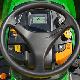 Tableau de bord du tracteur X590; aucun starter n'est requis