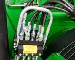 Multicoupleur pour la connexion tracteur - charge