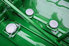 Active Yield sensors in grain tank