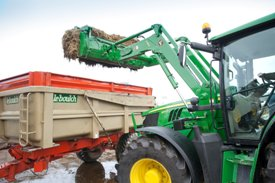 H360 mechanical self-leveling (MSL) loading manure
