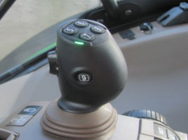 841L – electrical joystick fitted on CommandARM