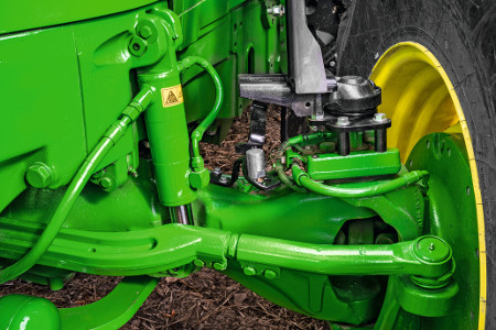 Fully integrated, self-levelling front suspension
