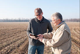 Using JDLink mobile app from the field