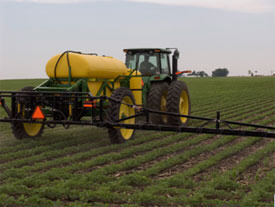 Facilitate operations with pull-type sprayers
