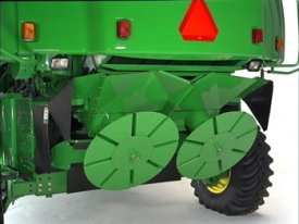 Twin-disk straw spreader