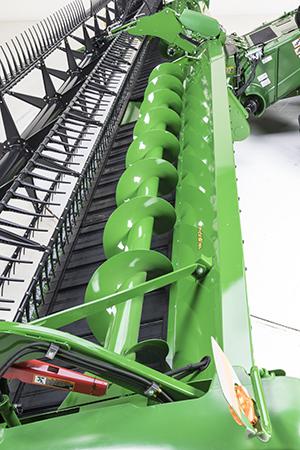 Top-crop conveying auger