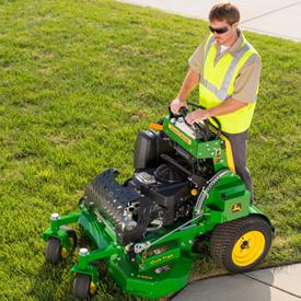 QuikTrak 636M mowing