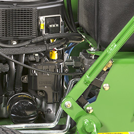 Easy-to-access engine oil filter and drain