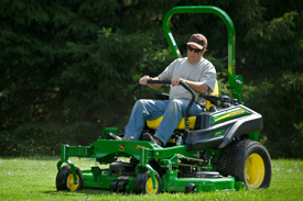 60-in. (152-cm) mower deck shown on Z915B