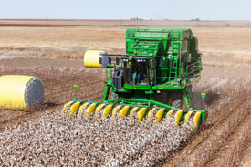 r4d056766_cs690_round_modules cotton harvesting cs690 cotton stripper john deere us  at alyssarenee.co