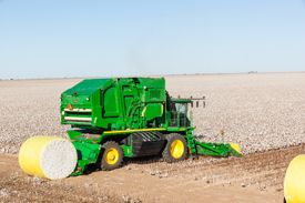 r4d056869_cs690_360_degree_protection cotton harvesting cs690 cotton stripper john deere us  at alyssarenee.co