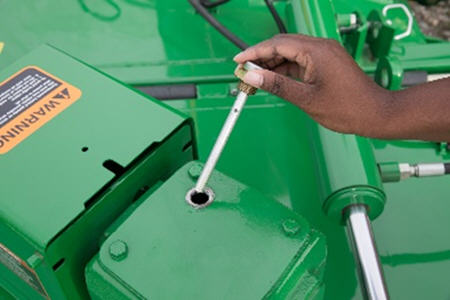 Gearbox dipstick – to check oil levels