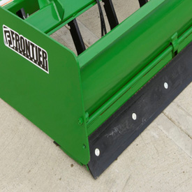 Hinged tailgate improves leveling and finishing