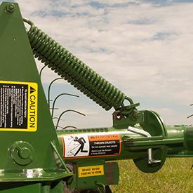 Three settings for dual-spring rake arm suspension