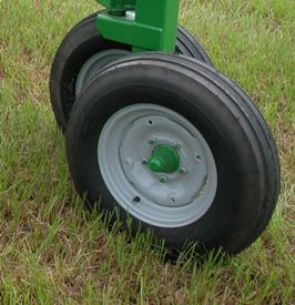 Offset wheels are perfect for uneven terrain