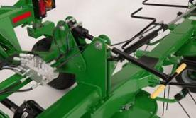 Hydraulic tine pitch control on the TD3427