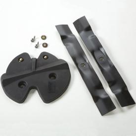 Optional mulch plug and blades