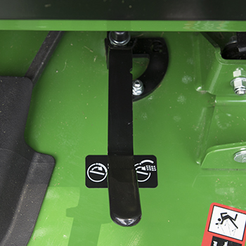 MulchControl handle in mulch-off position
