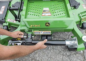 Using jack mounting pin