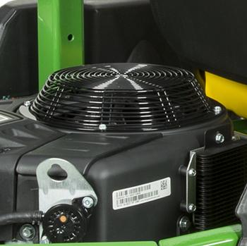 Engine debris chopper fan guard