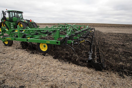 Knife-edge rolling basket for the 2430 Chisel Plow