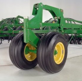 12.5L-15 tire