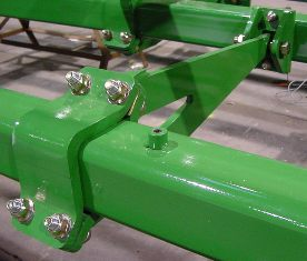 Cast rank tube connectors