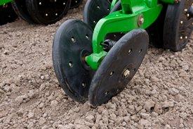 Rubber tire closing attachment